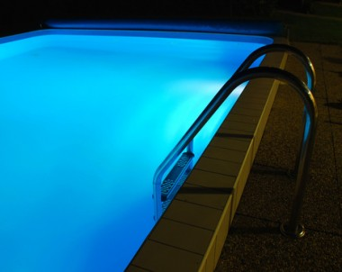 Swimming Pool Lights in Phoenix Help Increase Safety